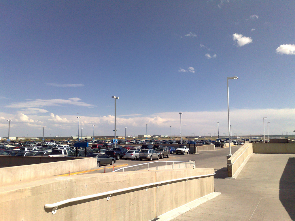 denver airport parking, denver international airport parking, parking at denver airport,